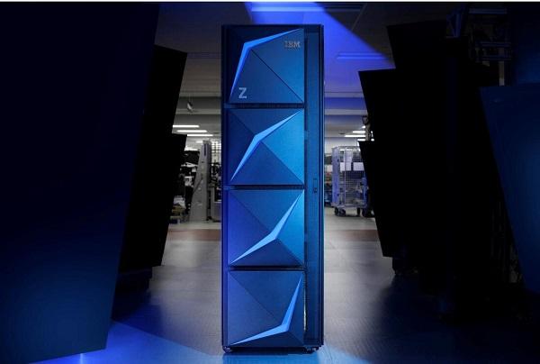 IBM Z图片.jpg