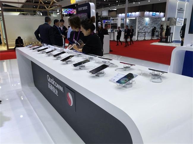 14高通展示5G手机等终端_看图王.jpg