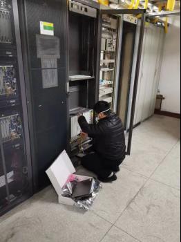 湖北联通网络铁军24小时保障通信畅通v3.1(修改)663.png