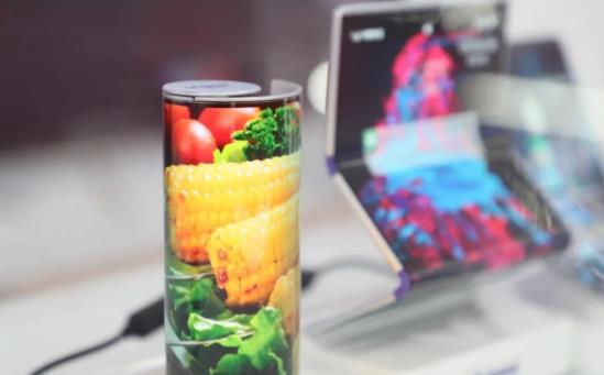 LCD开辟新赛道,发展柔性有多难?