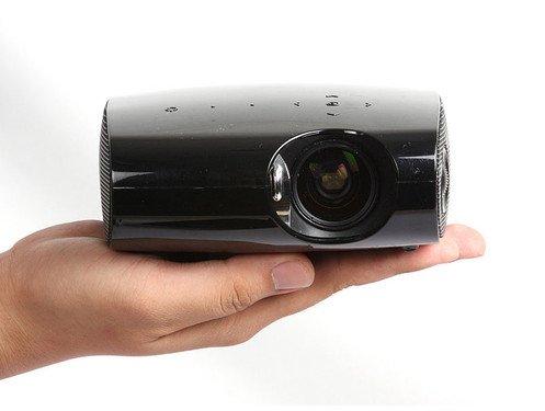 LED、3D成两大热门话题 2011家用投影前瞻(2010-12-30 :09)
