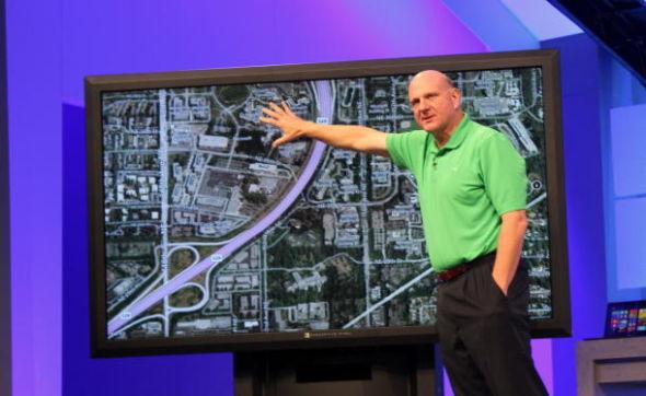 鲍尔默(Steve Ballmer)周二称,自上周五Windows 8正式上市以来,该公司已向个人消费者卖出了400万套Windows 8软件。