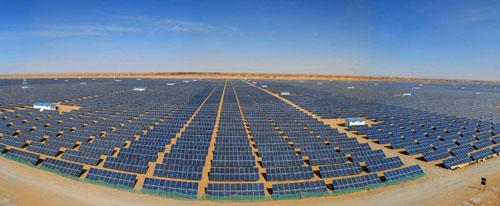 黄河水电公司格尔木200兆瓦并网光伏电站