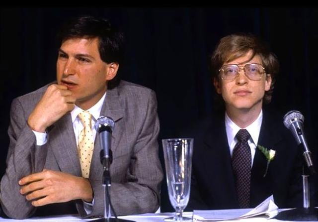 囧!10%%的美国网民把盖茨和乔布斯弄反了