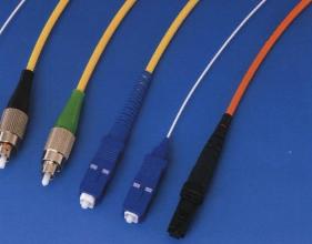 光纤熔接机市场新诉求:高精度高质量产品受追捧